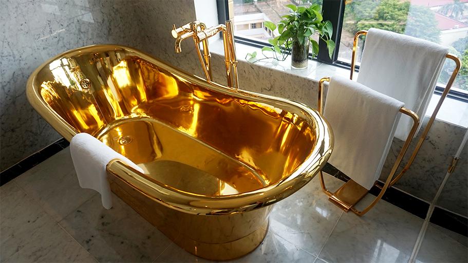 """Bồn tắm vô cùng """"sang chảnh"""" - Ảnh: VnExpress"""