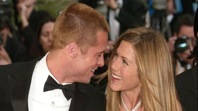 Brad Pitt và Jennifer Aniston tái hợp sau 15 năm ly hôn